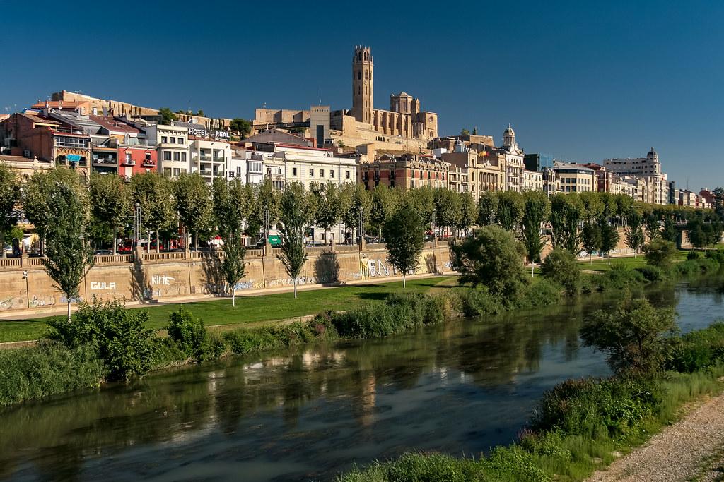 Lleida - Lérida Barcelona-Home