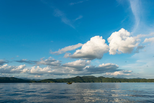 jocassee landscape sunset lake clouds usa timeofday northcarolina water weather