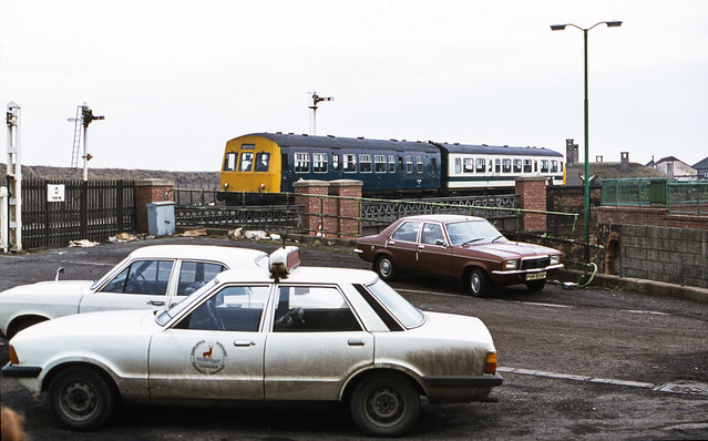 Class 101 DMU @ Hartlepool, 12/02/1981 [slide 8171]
