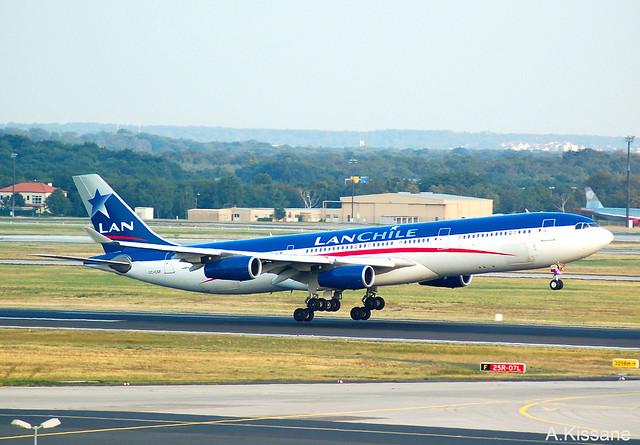 LAN CHILE A340 CC-CQF