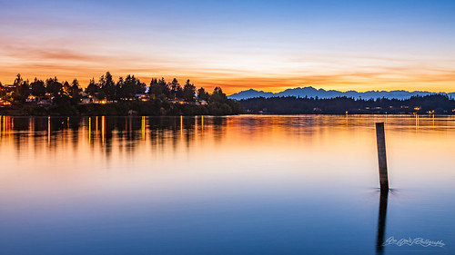 bremerton olympicmountains skyline sunset washington water portwashingtonnarrows phinneybay unitedstates usa america northamerica pacificnorthwest pnw kitsappeninsula