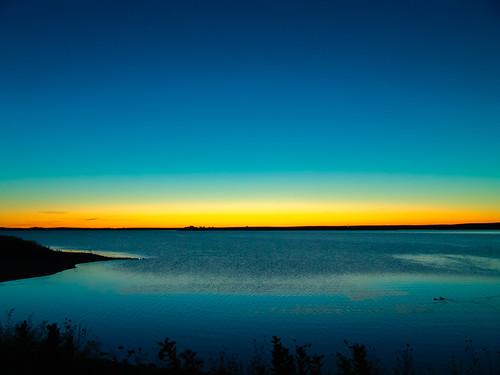 sepan co colorado aurora reservoir dawn twilight sony f828 lightroom sunrise birds blue horizon lake sky water