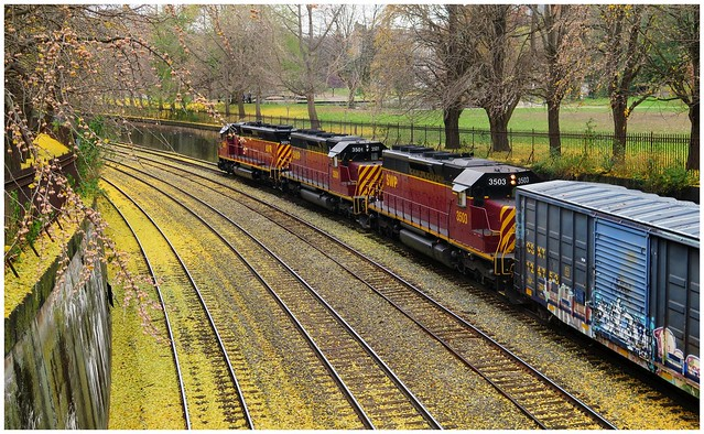 Allegheny Valley Railroad, AVR Engine 3001 leading westbound with SWP 3501 & SWP 3503 @ the Pittsburgh Trench