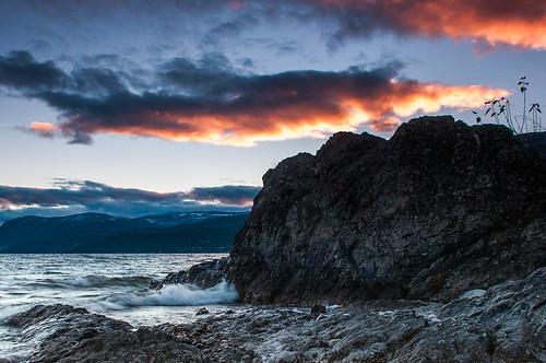 evely okanagan fall lake vernon britishcolumbia canada cokinnd