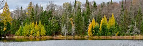 autumn blueberrylake friends lake clydesdale tamarack laurentians quebec weekend fall labelle canada ca