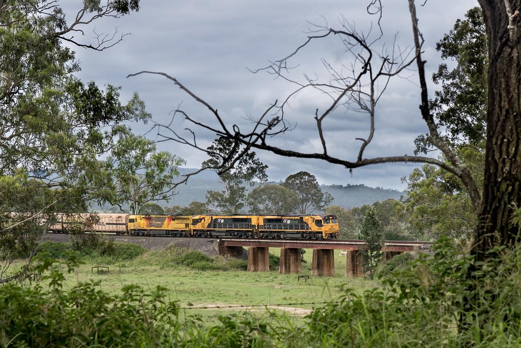 MB7 at Kagaru by Alan Shaw