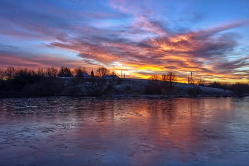 daisynook countrypark crimelake failsworth manchester frozen reflection sunrise dawn ice clouds farm crimefarm hollinwoodcanal uk snow settled peaceful tranquil oldham