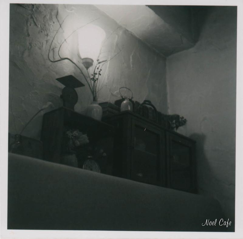 gentle light by Noël Café