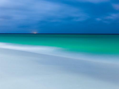 aruba sea longexposure landscape seascape night fullmoon caribbean tropical beautyinnature