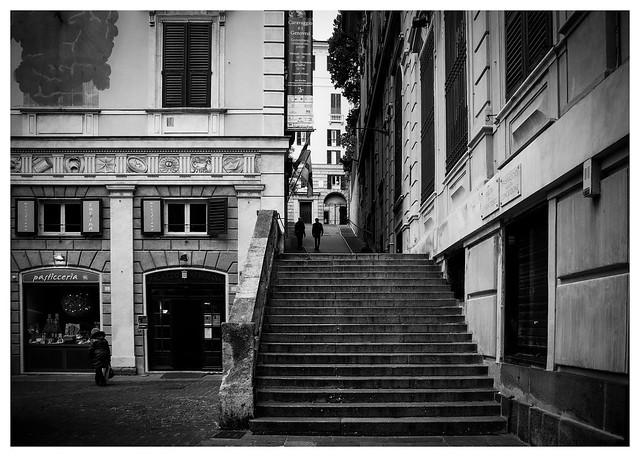 Vicino Palazzo della Meridiana