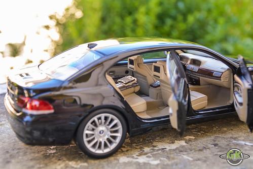 BMW 760Li V12 (E66) Individual 1/18 Kyosho | by GK Modelcar Universe