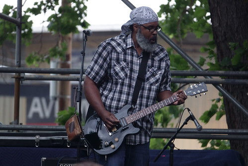 Alvin Youngblood Hart at French Quarter Fest - 4.13.19. Photo by Keith Hill.