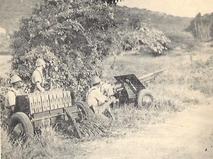 37mm-AT-gun-KNIL-tpt-2