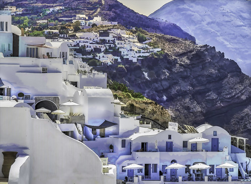 The pastel-coloured clifftop village of Oia | by Anonymtor