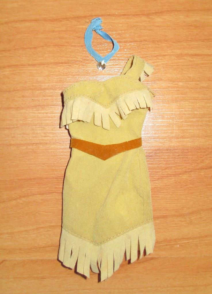 b3b4d487e ... 2000 Disney Store Princess Pocahontas Outfit   by A Thousand Splendid  Dolls