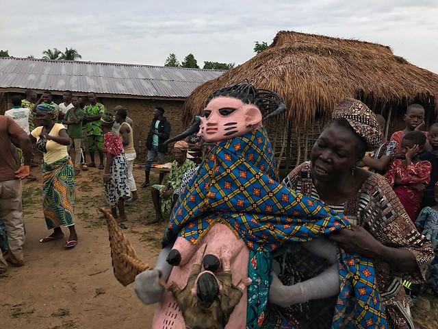 Máscara Gelede embarazada (Benín)