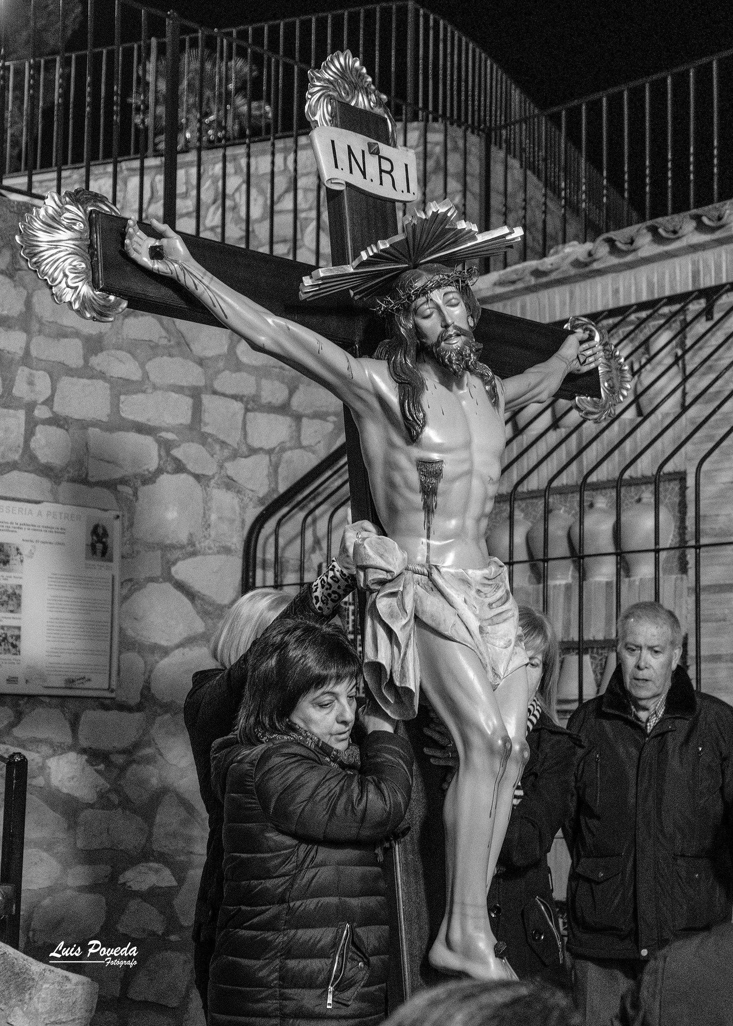 (2019-04-12) - X Vía Crucis nocturno - Luis Poveda Galiano (01)