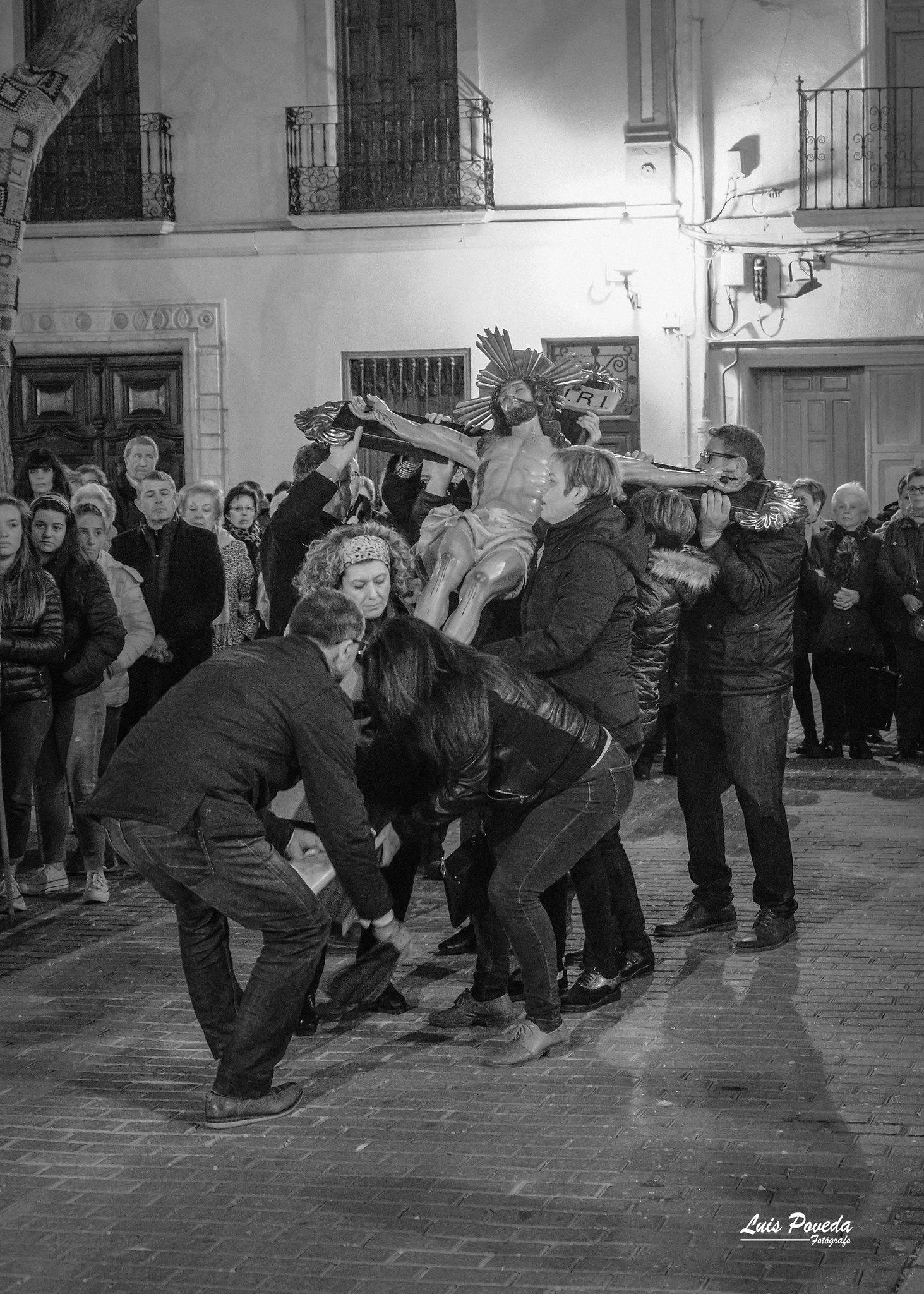 (2019-04-12) - X Vía Crucis nocturno - Luis Poveda Galiano (22)