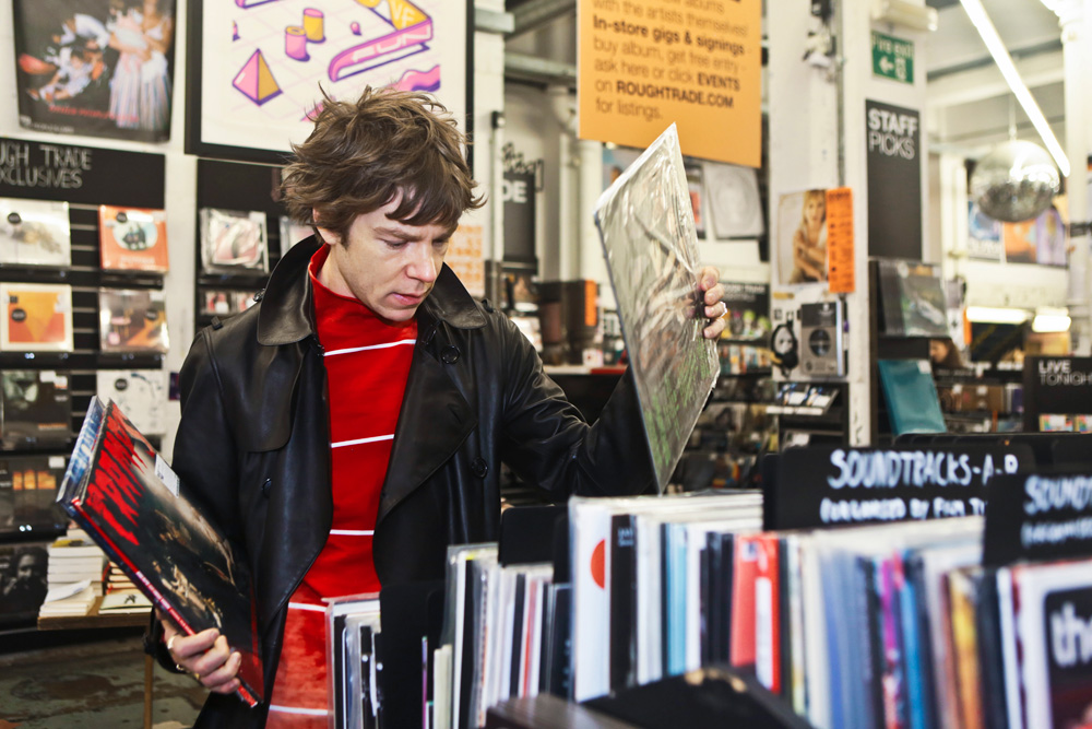 Record Shopping: Cage the Elephant