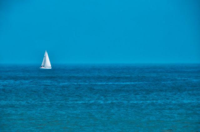 Cuando se junta el cielo con el mar / When the sky meets the sea