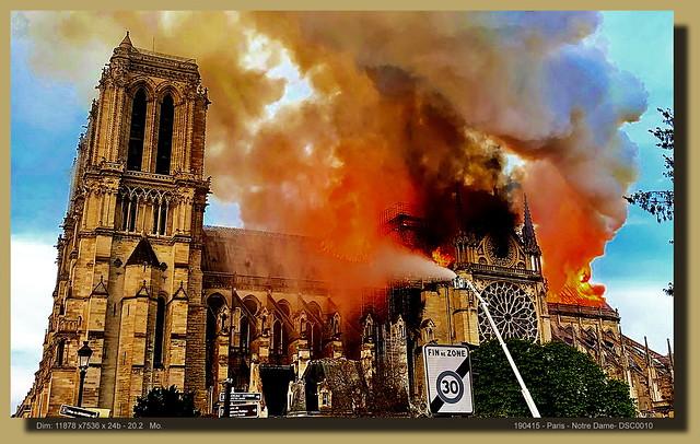 Notre-Dame de Paris en feu_La Croix de l'autel