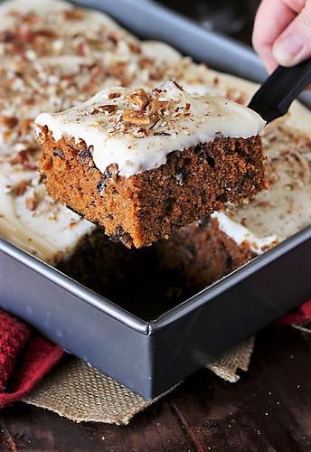 Carrot-Cake-Sheet-Cake