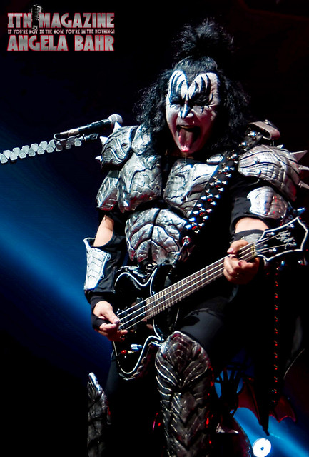 Kiss 4-12-19 @ VyStar Veterans Memorial Arena