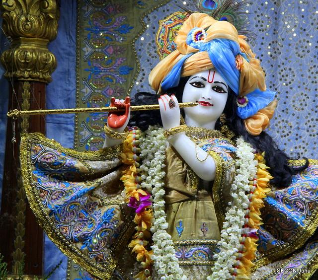 ISKCON Juhu Mangal Deity Darshan on 21st Apr 2019