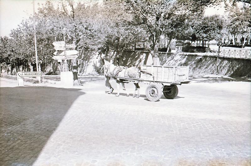 Paseo de Alfonso VI junto a Bisagra y la Vega en los años 60. Fotografía de Victoriano de Tena Sardón