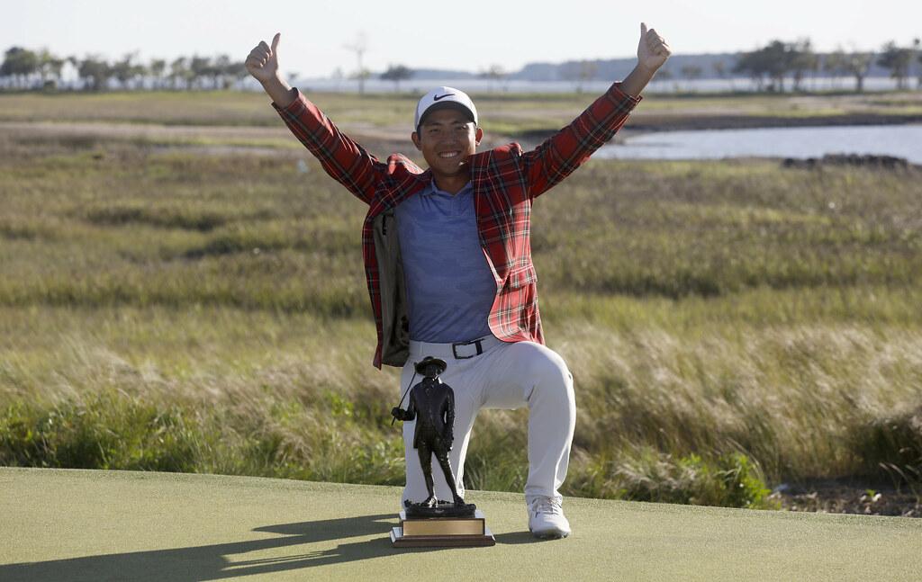 潘政琮贏得首座PGA金盃。(達志影像)
