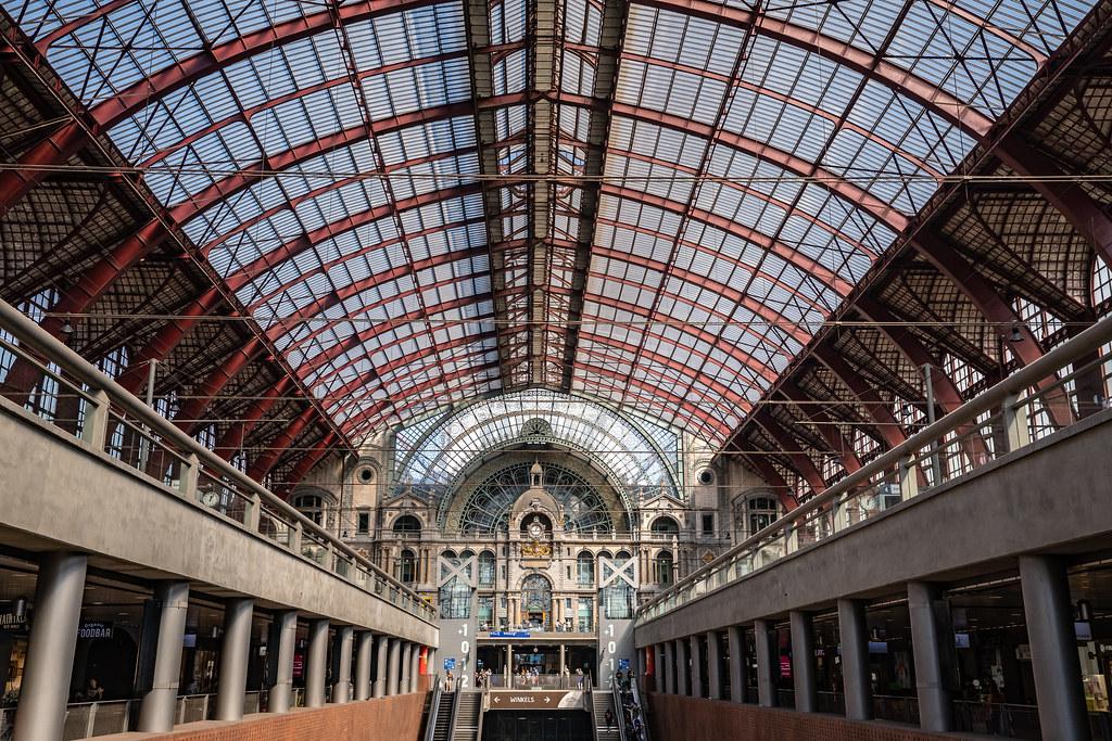 Antwerp station(2)