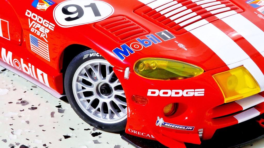 Dodge Viper GTS-R 1:18