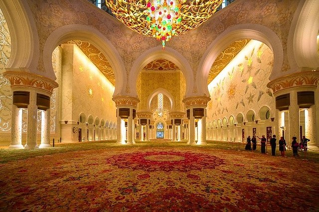 5101 10 Unknown facts about Sheikh Zayed Mosque 04