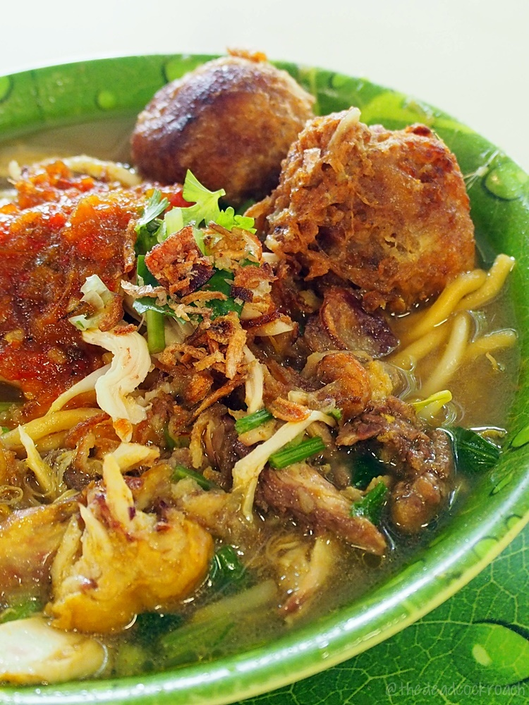 food, food review, halal, halal food, malay, malay food, mee soto, queenstown lontong, review, singapore, tanglin halt, tanglin halt food centre