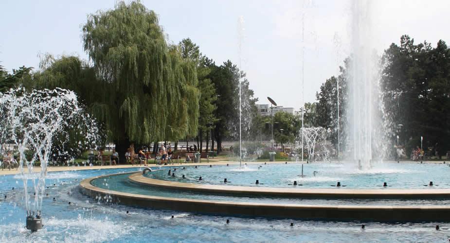 Fontein op het Margaretha-eiland Boedapest | Mooistestedentrips.nl