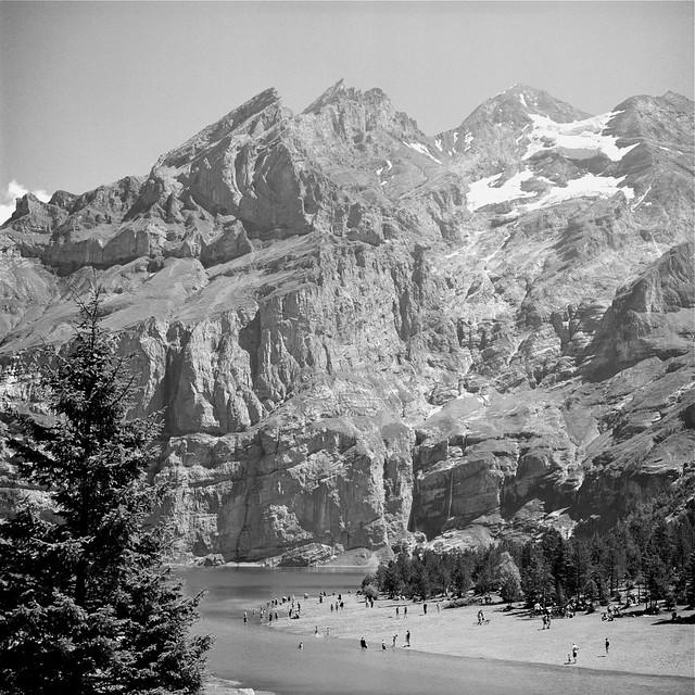 SUMMERTIME AT MOUNTAIN LAKE