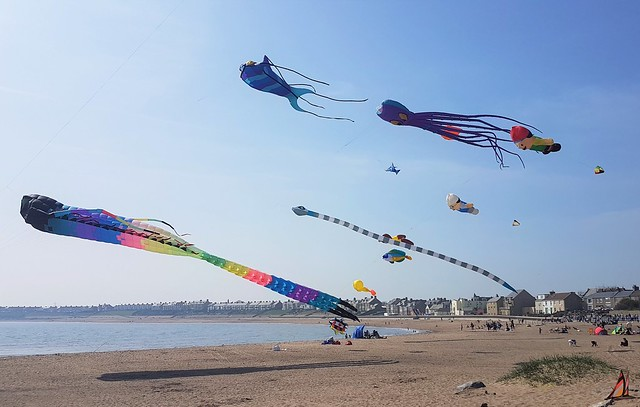 Easter Kite Festival - Newbiggin-By-The-Sea