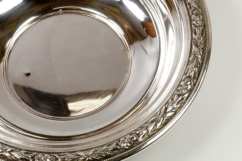 RD27846 Vintage Wallace Sterling Silver Bowl Dish Pattern # 3621 Weighs 80 Grams DSC00691