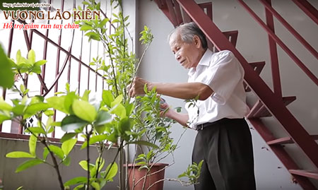 Ông Đỗ Bình Dương ngụ tại số 8/153 Ngõ chợ Khâm Thiên, số điện thoại 0344457398