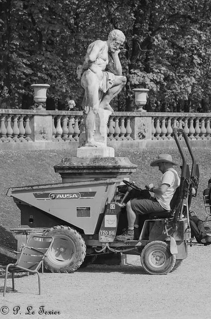 les déambulations photographiques d'un promeneur solitaire - le jardin du luxembourg.-9581