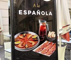 Anuncios  en las calles de Málaga (Comer a la Española)