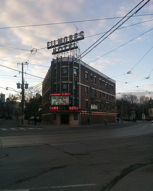 Fillmores Hotel in the evening #toronto #dundasstreeteast #filmores #evening