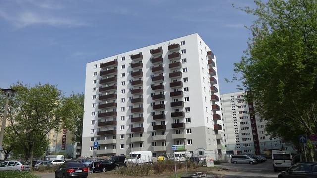 2017/18 Berlin Wohnhochhaus 12Et. 142WE von Barbara Ellwardt/Klaus Lattermann (ioo) Kienbergstraße 21 im Quartier Geißenweide in 12685 Marzahn
