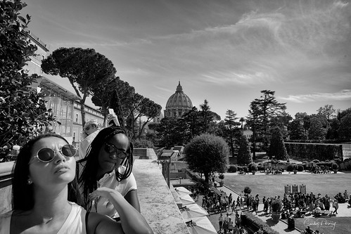 The Selfie 2 | by Carlos Permuy