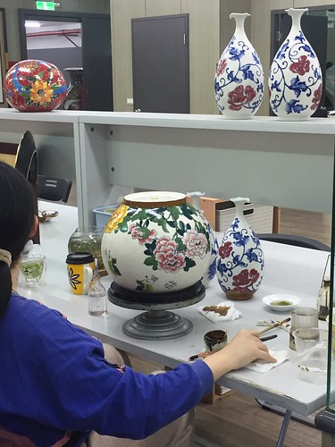 Ceramics artist at Tai Hwa. From Travel to Asia: A New Understanding–Taipei, Taiwan
