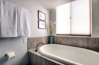 HighRiseCondoBathroomAfter-tub