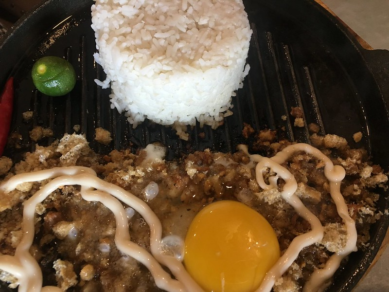 Sisig Society, Fisher Mall