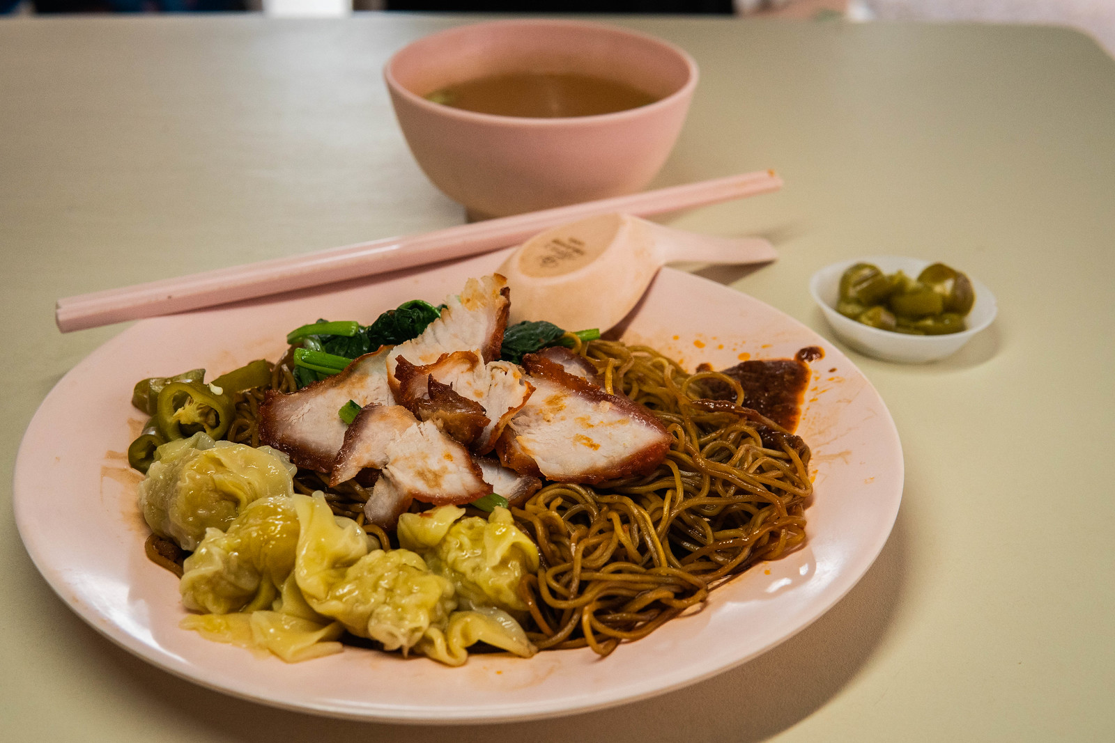 A plate of wantan noodles from Zhenguang Wantan Noodles