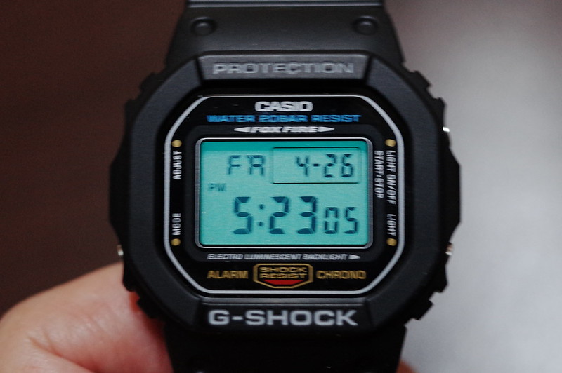 CASIO G SHOCK DW 5600E 1バックライト
