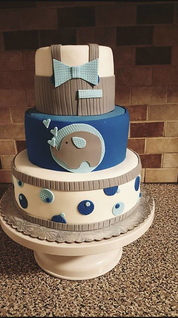 Baby Shower Cake from Delicias Cake by Jannette